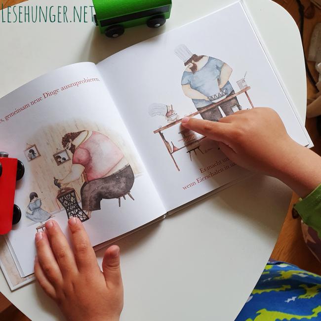 """Blick ins Buch """"Papa ist mein Superheld"""" von Soosh"""